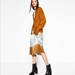 Zara Full Pleated Shiny Skirt